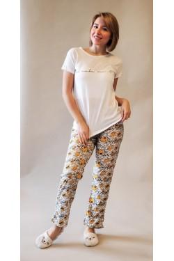 Пижама с футболкой и штанами All You Need is LOVE (7257)